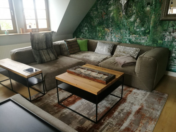 Seitentisch für Sofa, Milieu